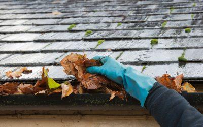 A importância de fazer a limpeza de calhas da sua residência